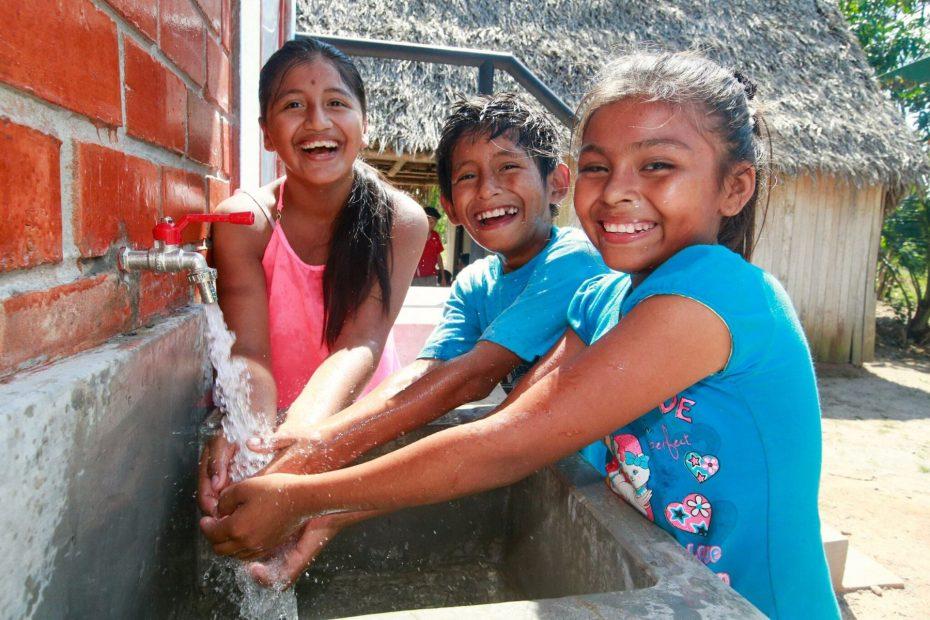 Saneamiento por Carlos Alberto Aguilar Meza - Imagen de Andina